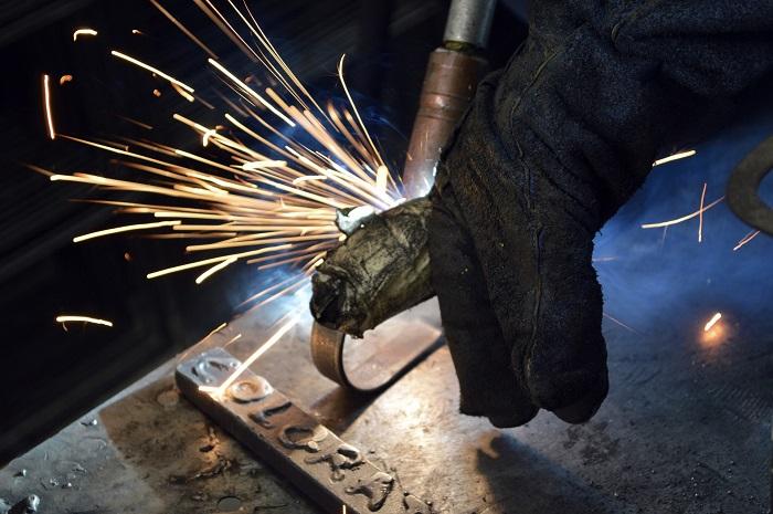 Elektrody na zvaranie hliniky pre zváračov